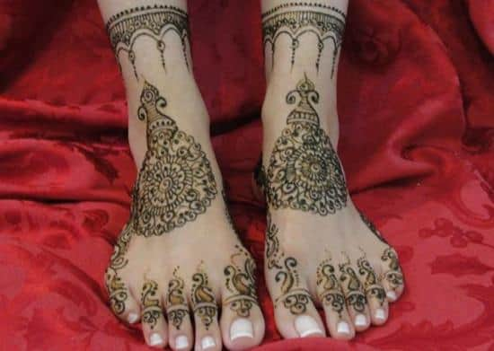 18-ambereens-bridal-henna600_427