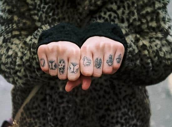 2-Finger-Tattoos1