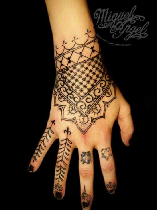 2-mehndi-freehand-tattoo600_800