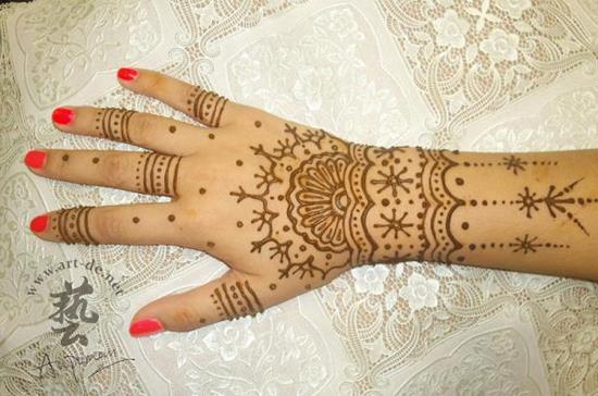 28-aupoman-hk-henna-tattoo-hand600_397