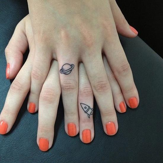 31-Impressive-Finger-Tattoo-Designs