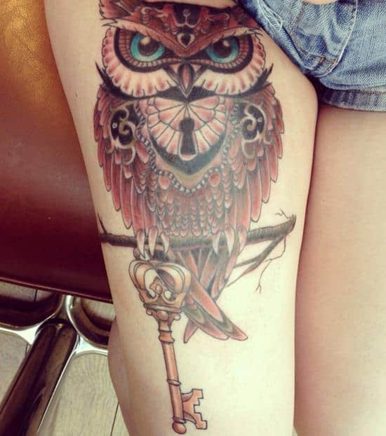 41-Colour-Owl-Tattoo-on-Thigh1