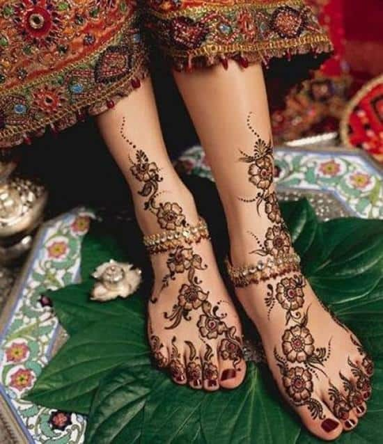 45-henna-feet-tattoo600_696