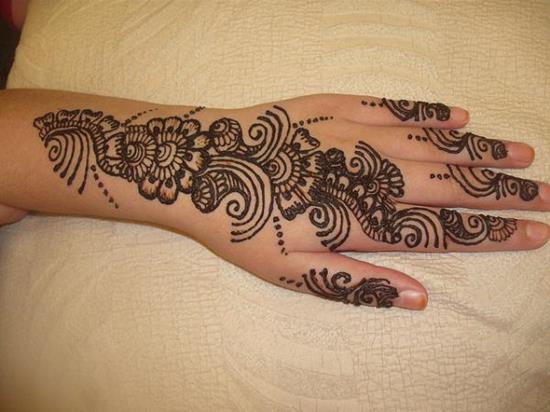 47-mehndi-henna600_450