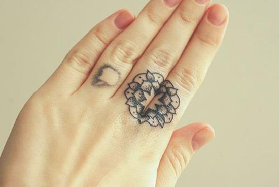 6-mandala-tattoo-on-finger