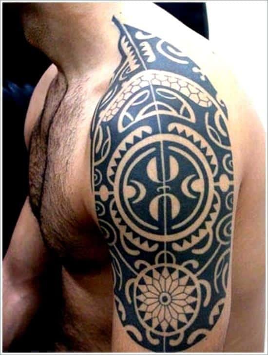 maori tattoo design on shoulder