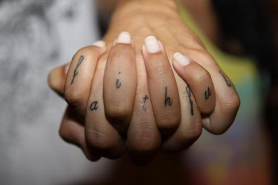 love-tattoo-design-on-fingers-for-couples