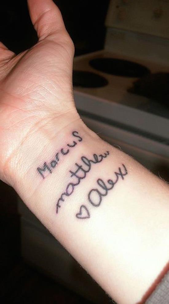 name-tattoos-18