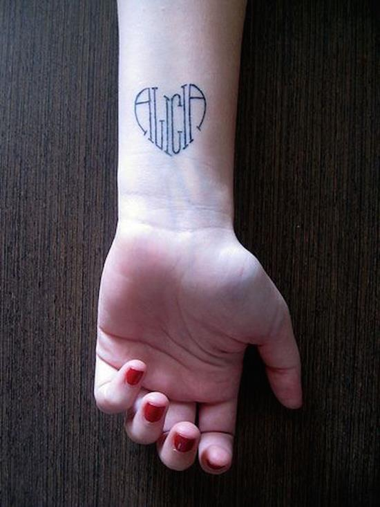 name-tattoos-19