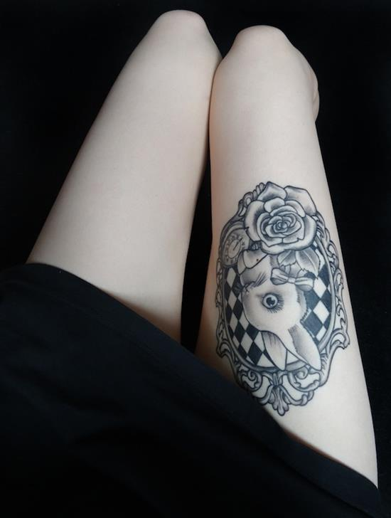 thigh-tattoos-bunny
