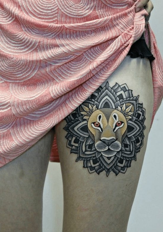 thigh-tattoos-lion
