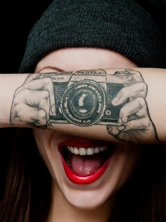 15-Cool-camera-tattoo-on-wrist