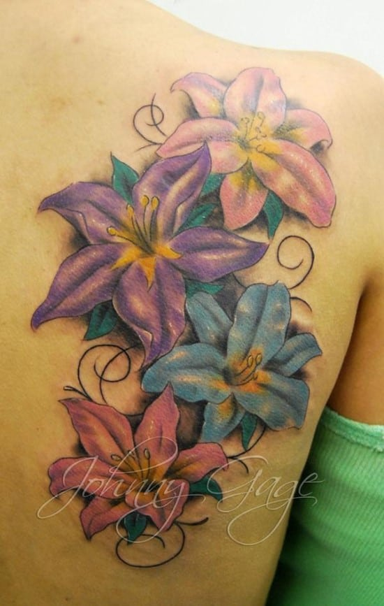 15-lilys-and-flourishes-tattoo-on-shoulder600_946