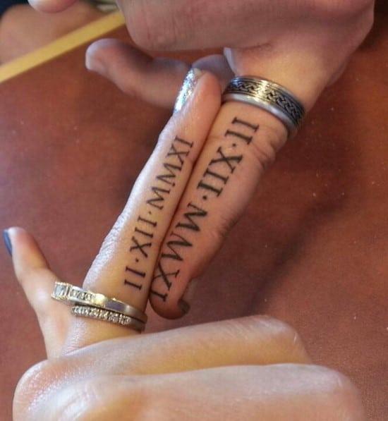 15-wedding-date-on-ring-finger