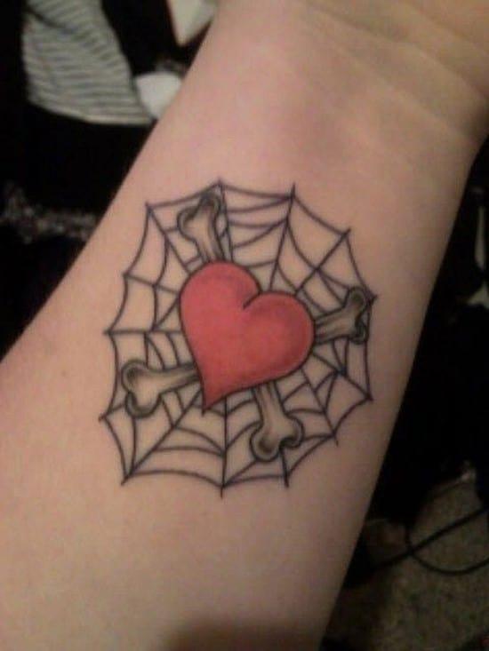 19-heart-web-tattoo-on-wrist