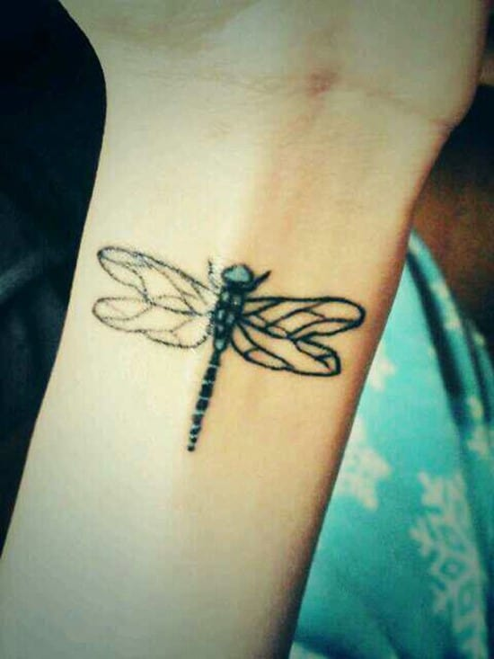 22-dragonfly-tattoo