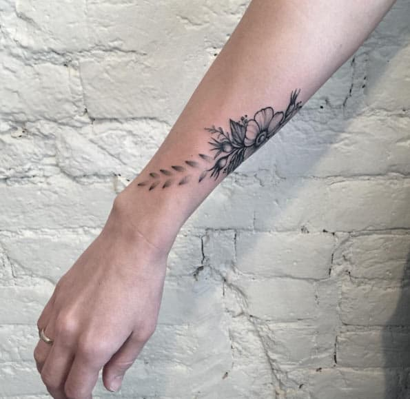 Floral Wrist Tattoo by Anna Bravo