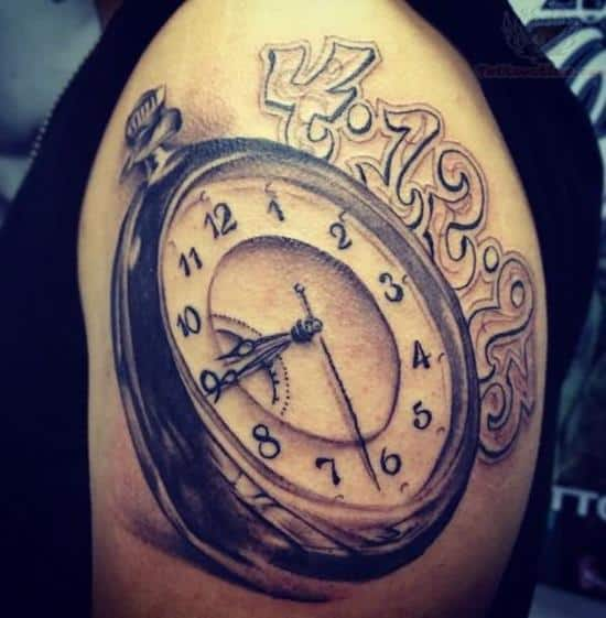 36-Clock-Tattoo-On-Men-Left-Shoulder