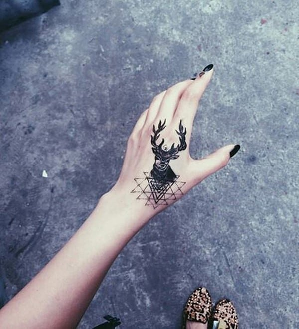 36-Deer-Tattoo-on-Hand