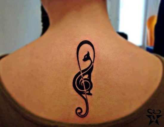 41-Black-cat-music-sign-tattoo-on-back