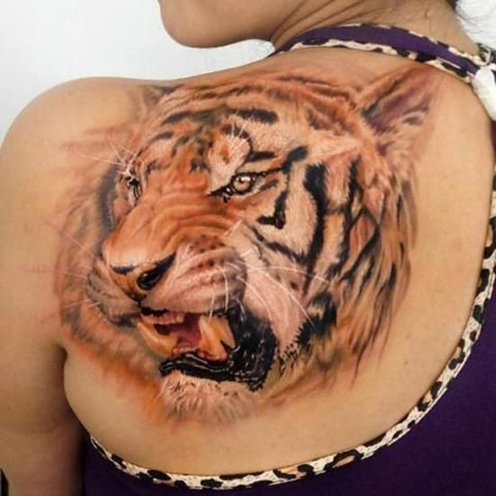 44-3D-tiger-tattoo-on-back
