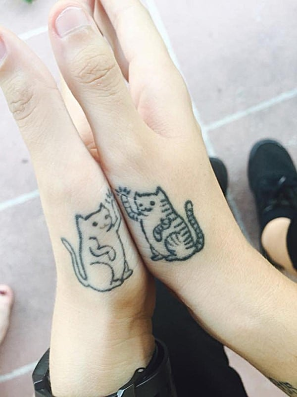 AD-Minimalistic-Cat-Tattoos-20