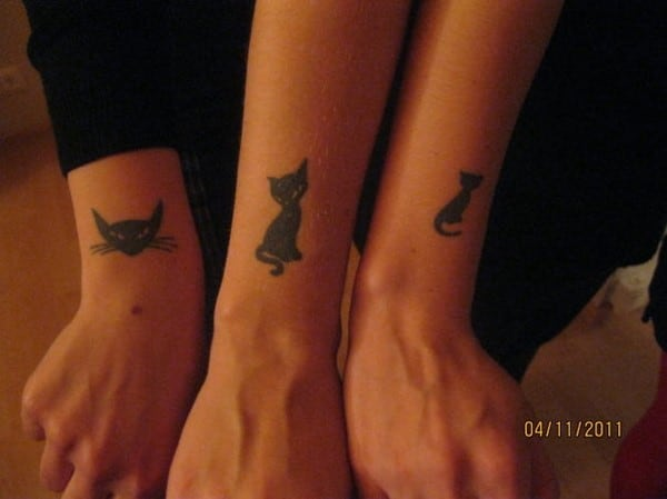 AD-Minimalistic-Cat-Tattoos-85