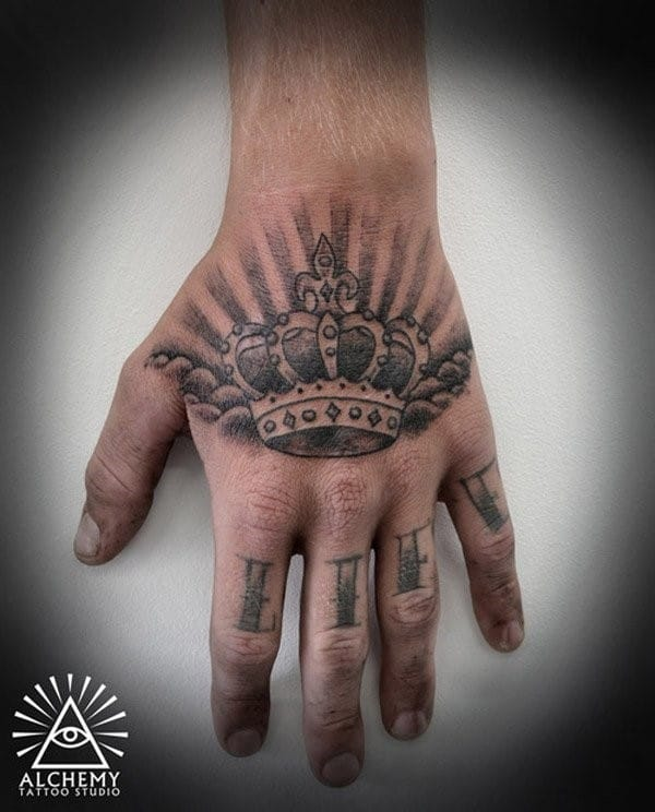 Cool-Crown-Tattoo-on-Hand-for-Men