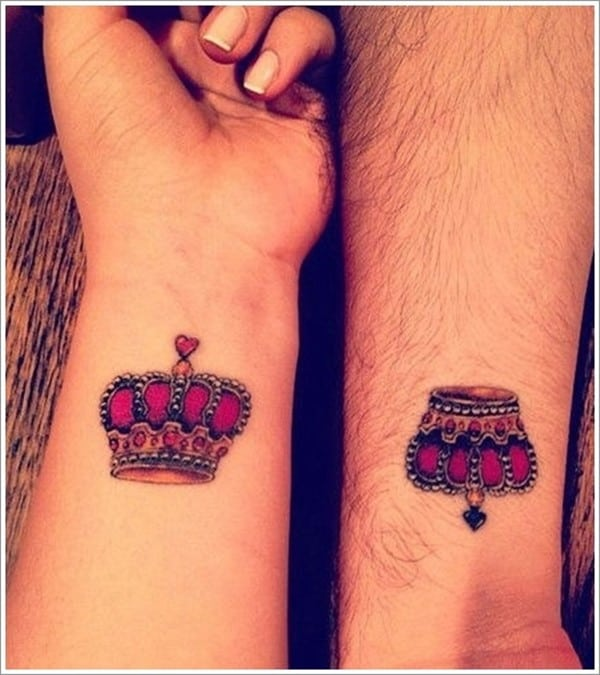 Cute-Crown-Tattoos-for-Lovers