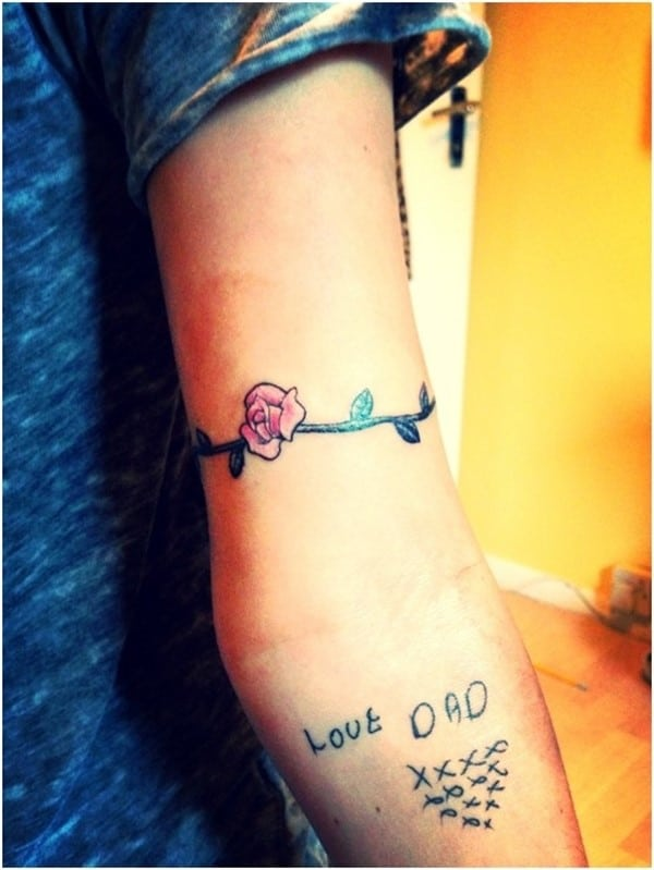Cute-Flower-Armband-Tattoo