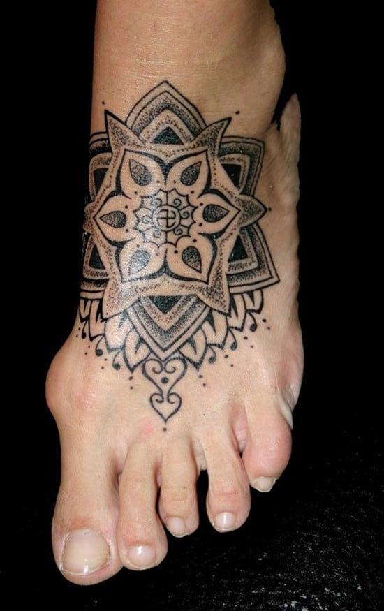Feet-Tattoo-Designs-34