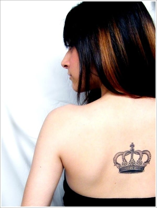 Popular-Crown-Tattoo-for-Women