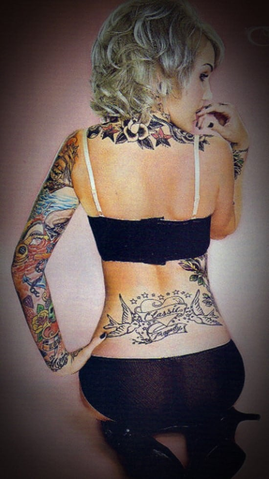 110 sexiest lower back tattoo ideas an ultimate guide for Hot female back tattoos