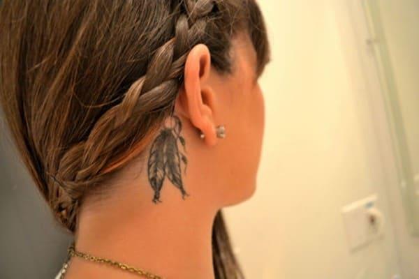 behind-the-ear-tattoos30