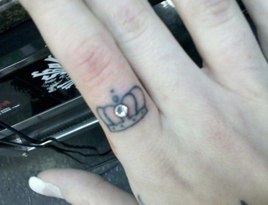 crown-tattoo-17