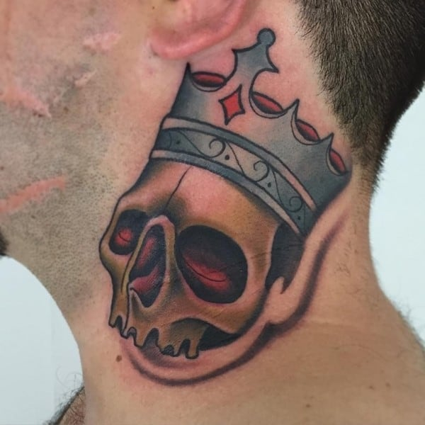 crown-tattoo-18-650x650