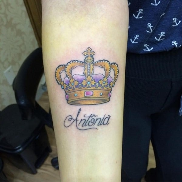 crown-tattoo-35-650x650