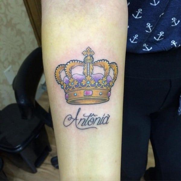 crown-tattoo-35-650x650