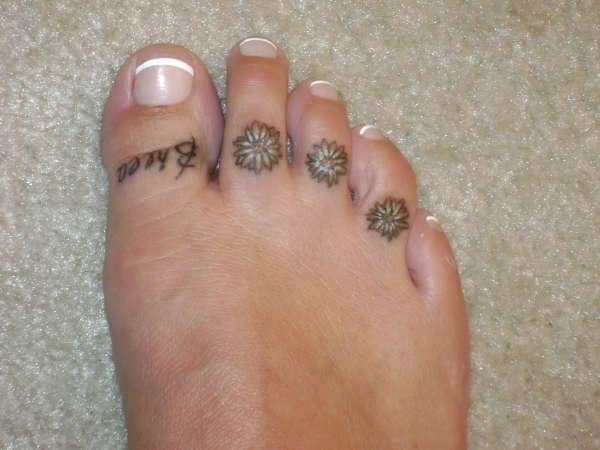 daisy-s-on-toes