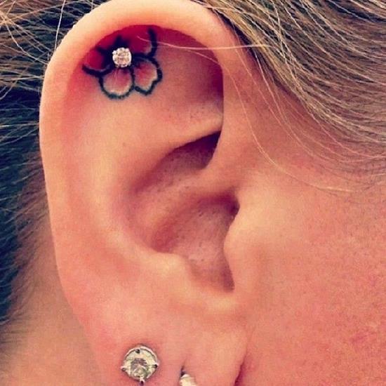 ear-tattoo-4