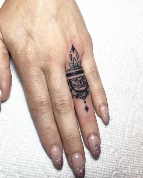 Ring Finger Tattoo Design by Barythaya