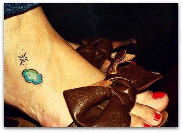 foot-cloud-tattoo