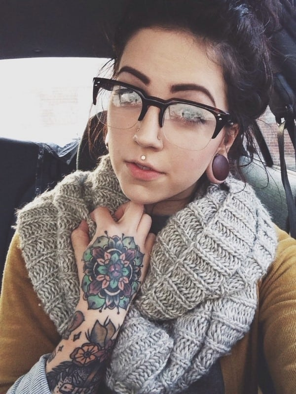hand-Tattoo-11