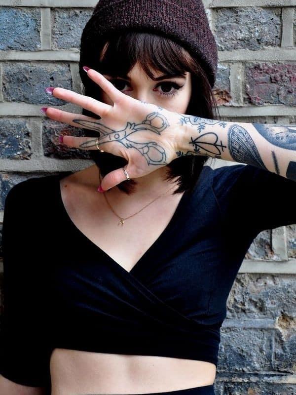 hand-Tattoo-25