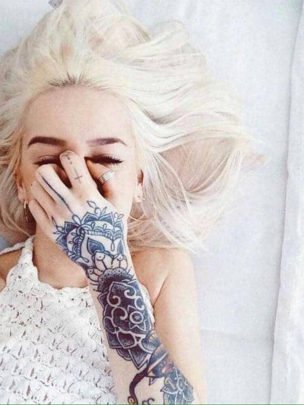 hand-Tattoo-32