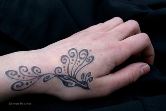 hand-tattoos-26