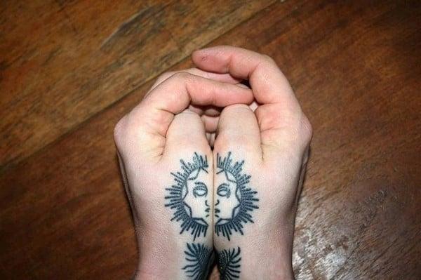 hand_tattoos_48