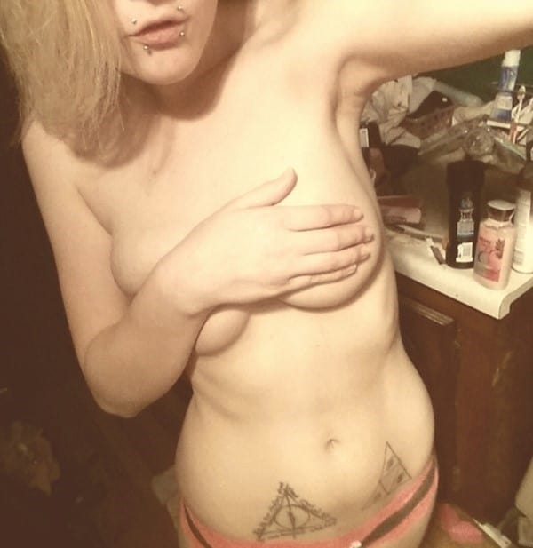 hip_tattoos_33