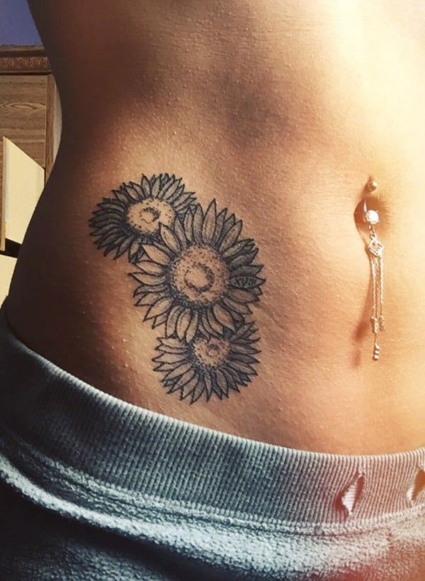 hip_tattoos_76