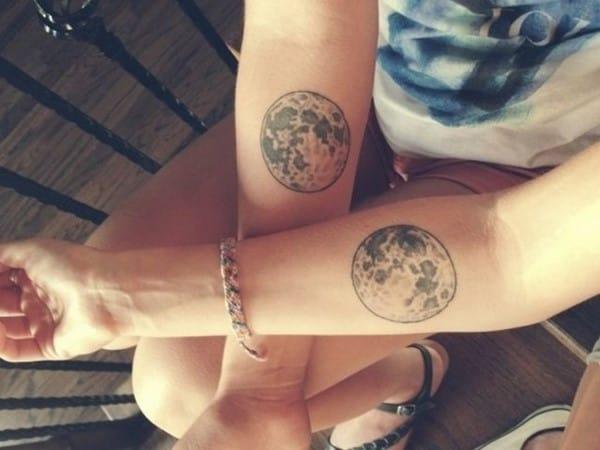 moon-tattoo-16-650x488